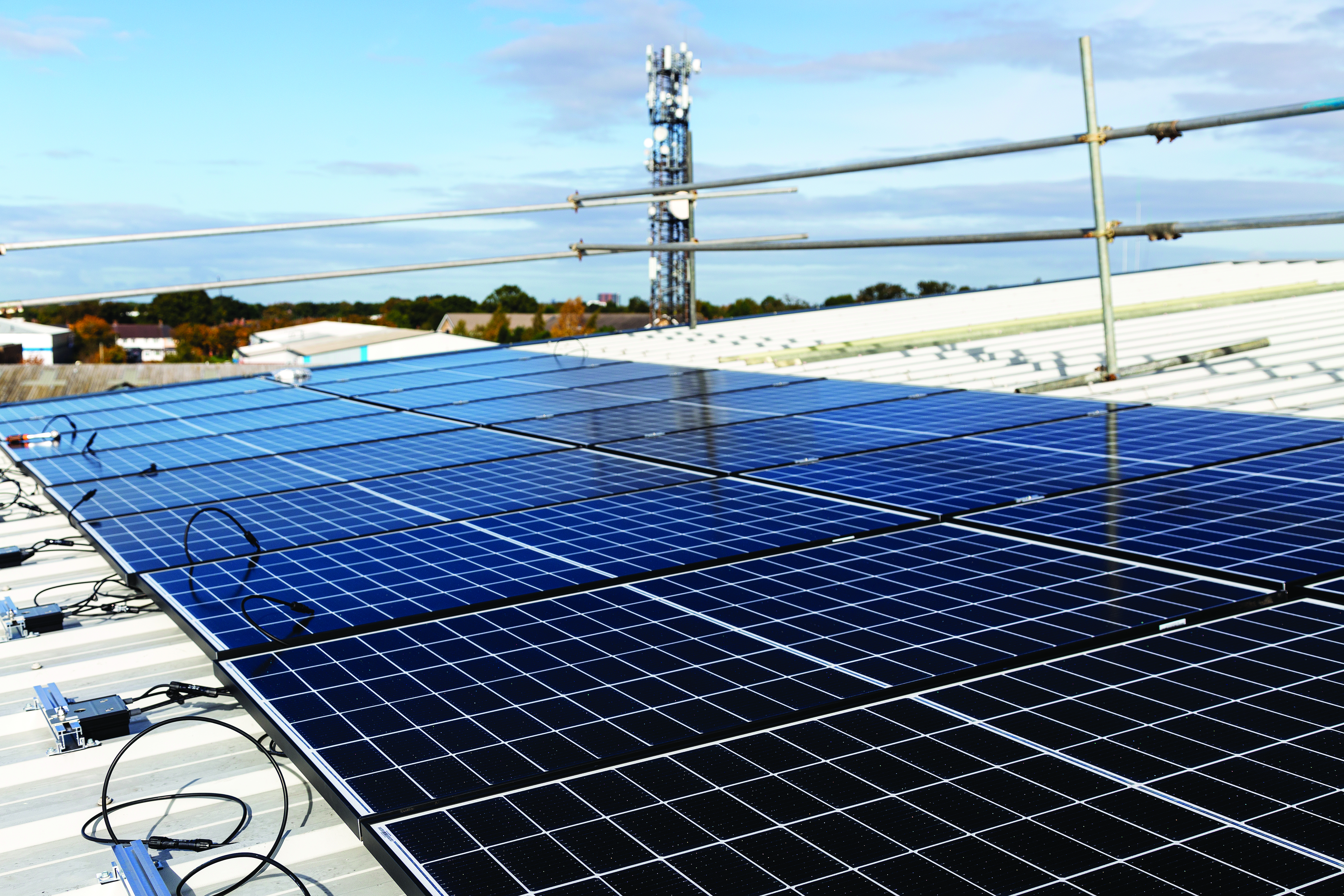 Niglon Ltd switches to Solar